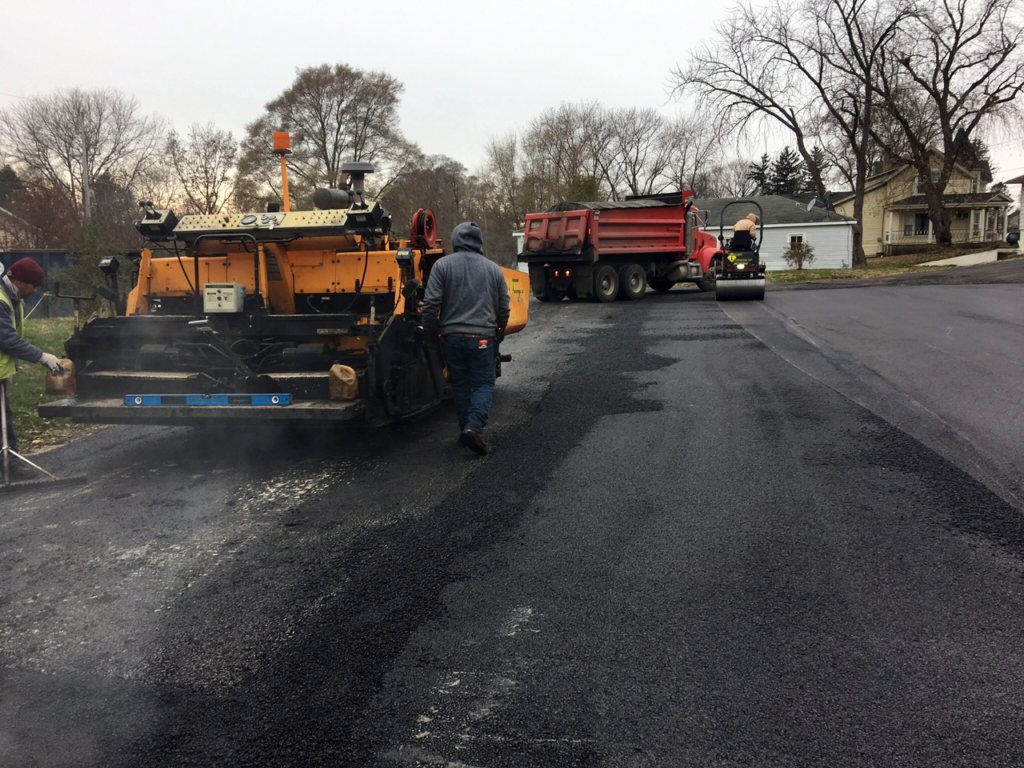 Asphalt parking lot being paved for a bar & grill in Johnsburg, IL.